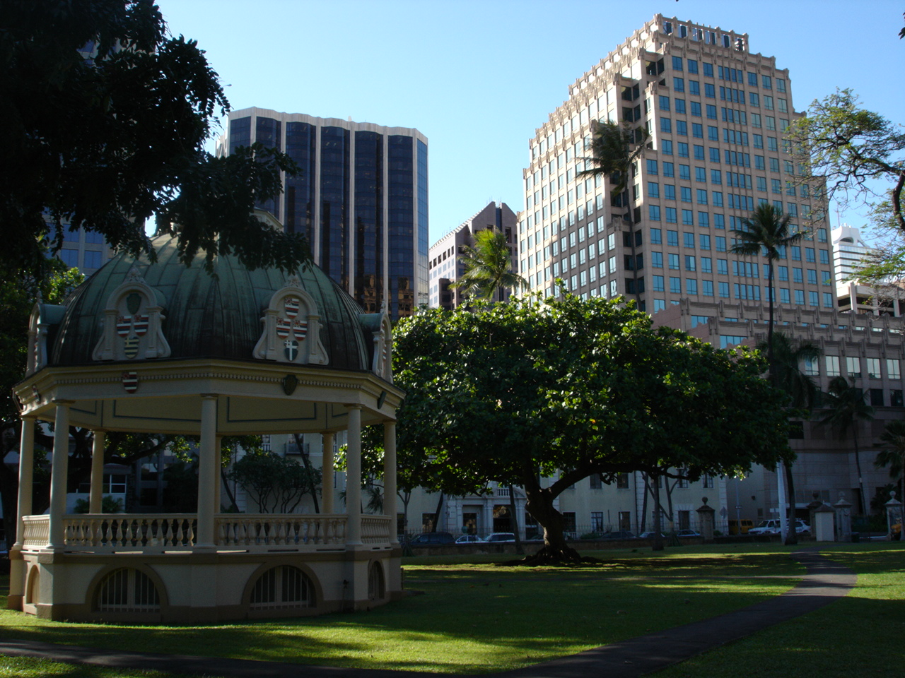 Honolulu Downtown 1280 x 960