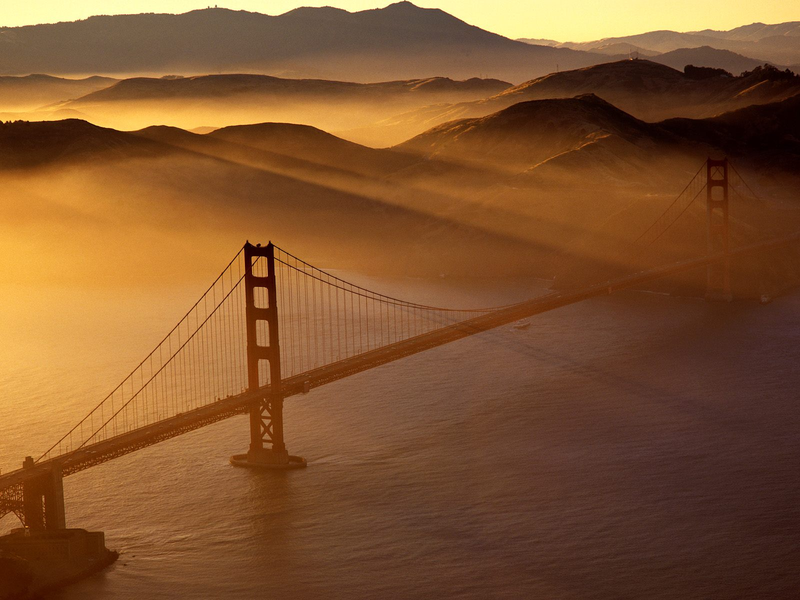 Golden Gate Bridge California 1600 x 1200
