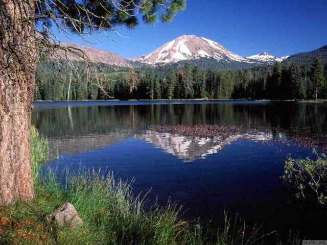 Lassen Peak California 640 x 480