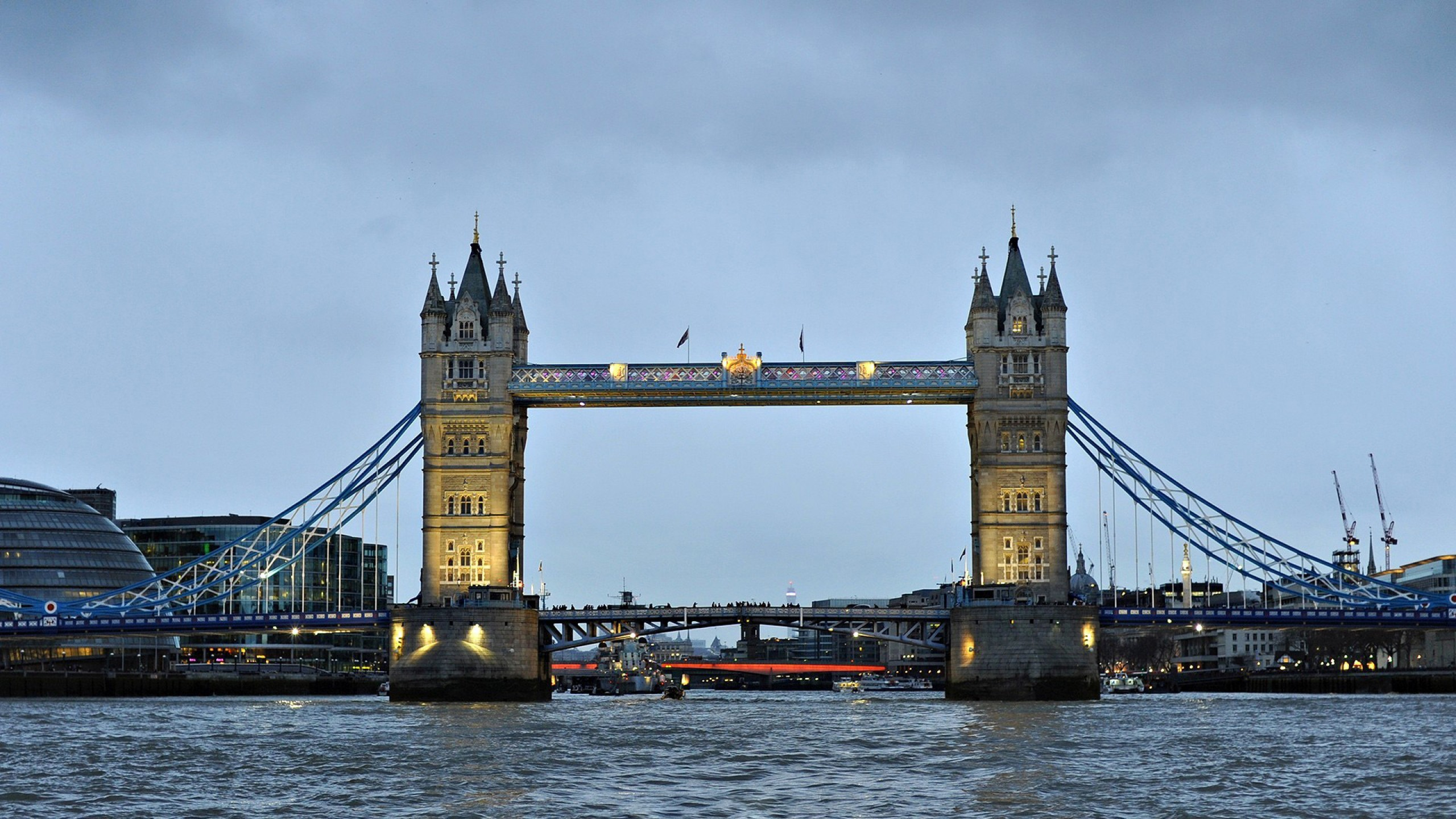 London bridge 2560x1440