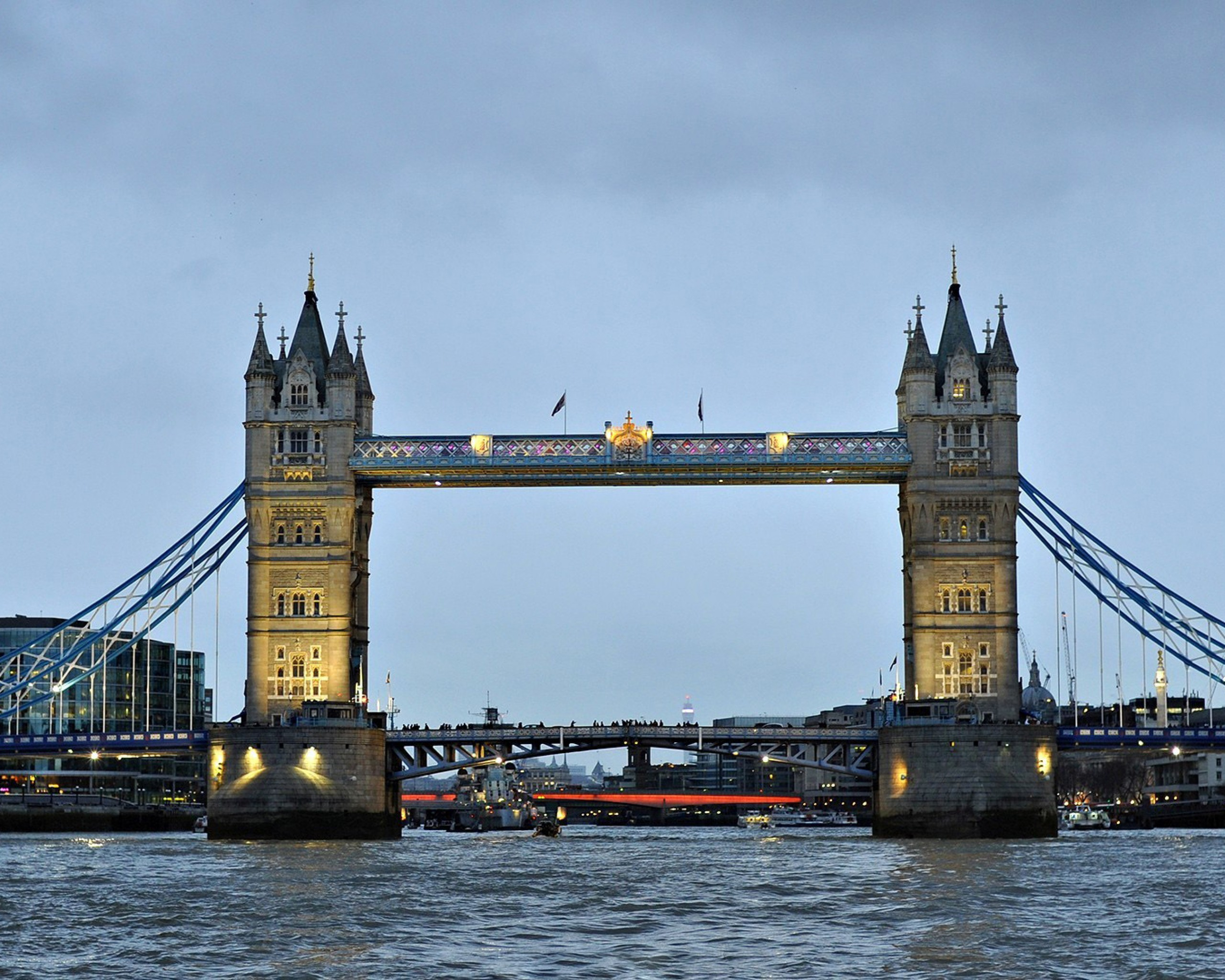 London bridge 2560x2048