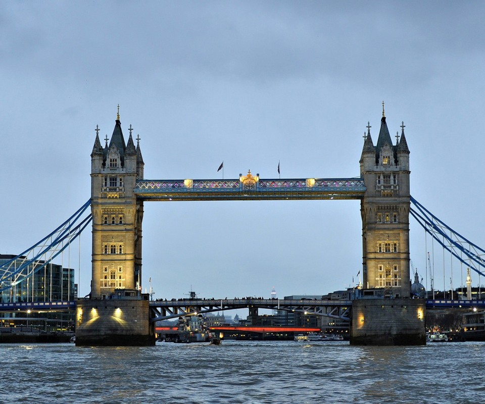 London bridge 960x800