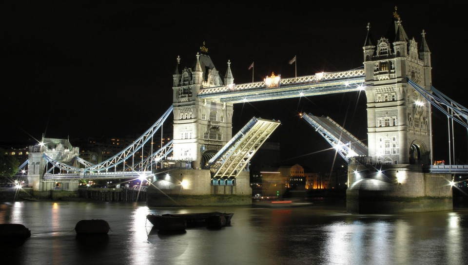 Tower Bridge 960x544