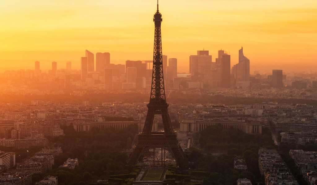 Paris morning 1024x600
