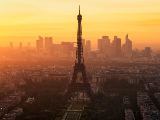 Paris morning 640x480