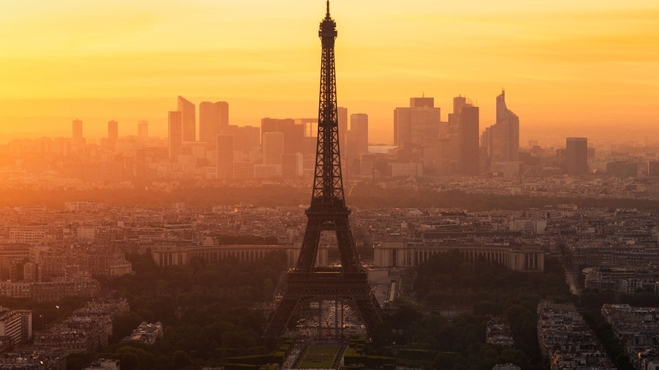 Paris morning 960x540