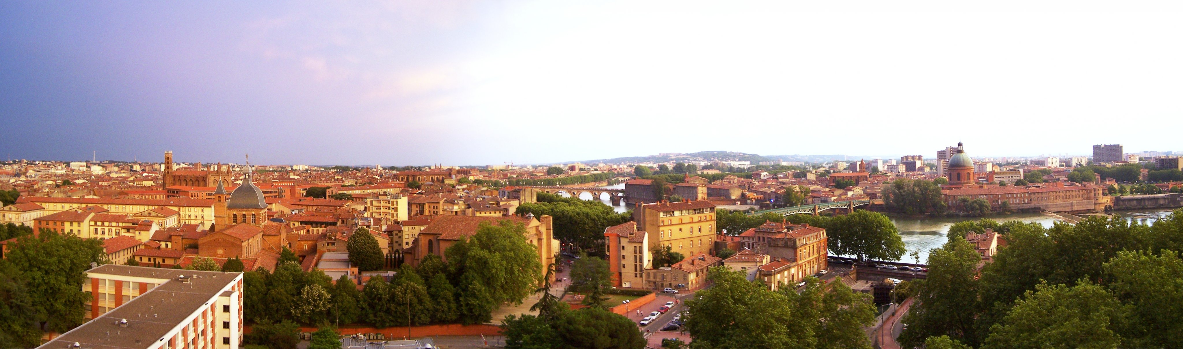 Panorama Toulouse right hand