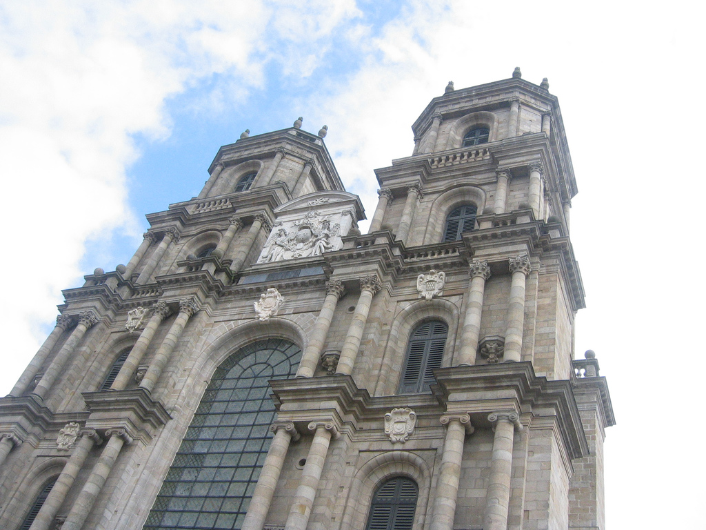 Rennes-Cathedral-chelmsfordblue