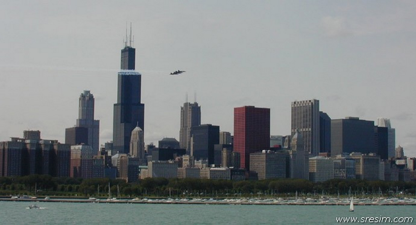 Chicago panorama 1380 x 748