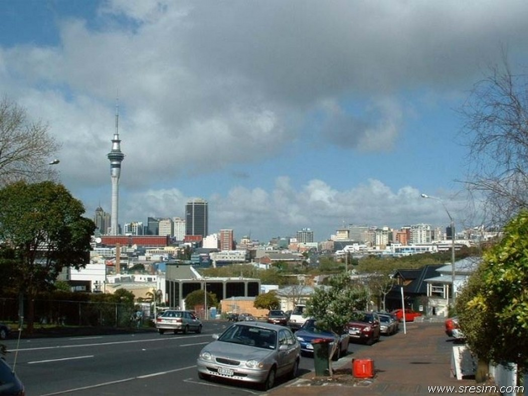 city center of Auckland 1050 x 788
