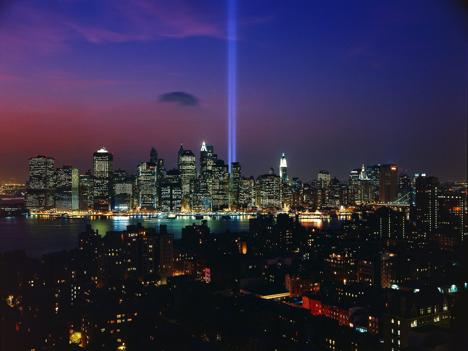 Tribute in Light September 11th Memorial Display 1600x1200