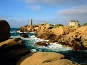 Ploumanach Rocks and Lighthouse Bretagne 1600 x 1200