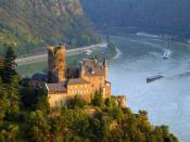 Burg Katz Above St. Goarshausen and the Rhine River 1600 x 1200