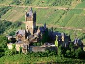 Reichsburg Castle Mosel Valley 1600 x 1200